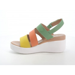 FitFlop ™ DUE ™ PATENT HOT CHERRY
